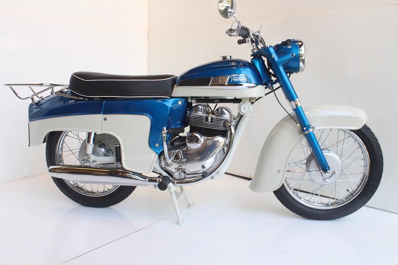 1962 Norton 8-13 005.JPG