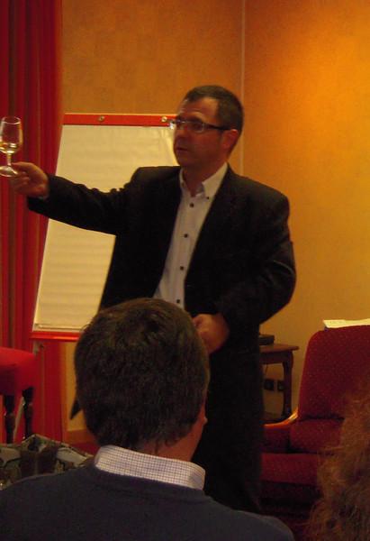 Wine tasting seminar at Chartres