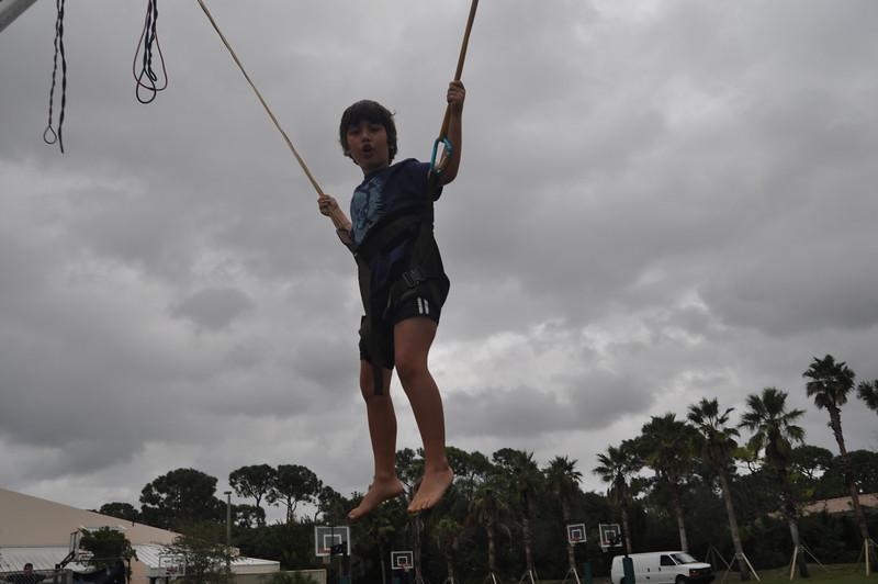 2009 December 6 Pine Crest Carnival 059.jpg
