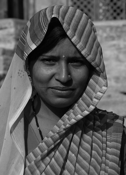 NE-INDIA-20041102A-37A-BW.jpg