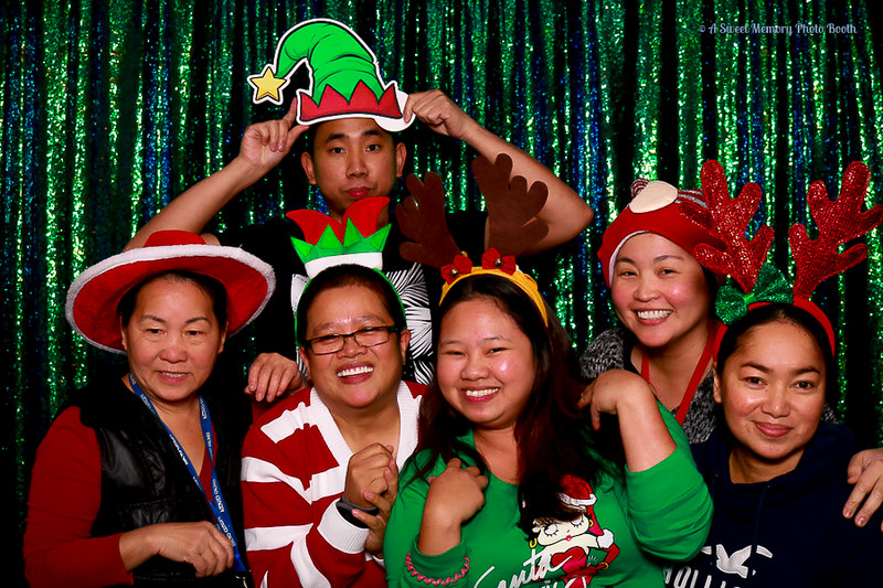 Medtronic Holiday Party -352.jpg