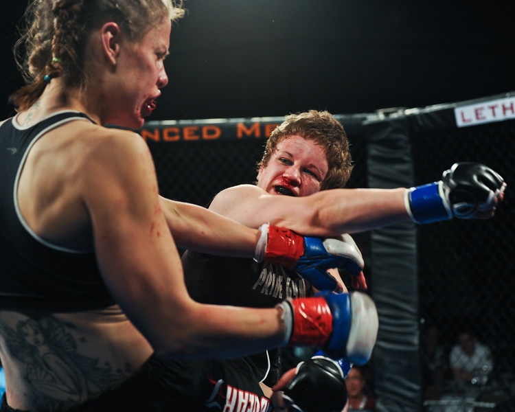 Rumble in the Cage 42