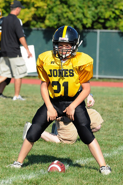 Jones 8th Football v. Hill. Mem. 9.3.09