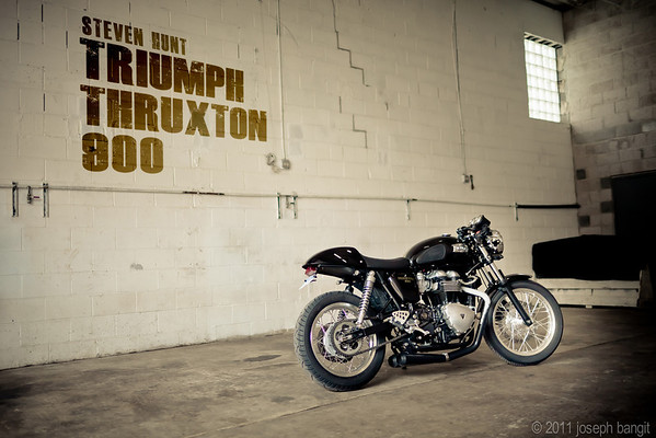Hunt Triumph Thruxton 900