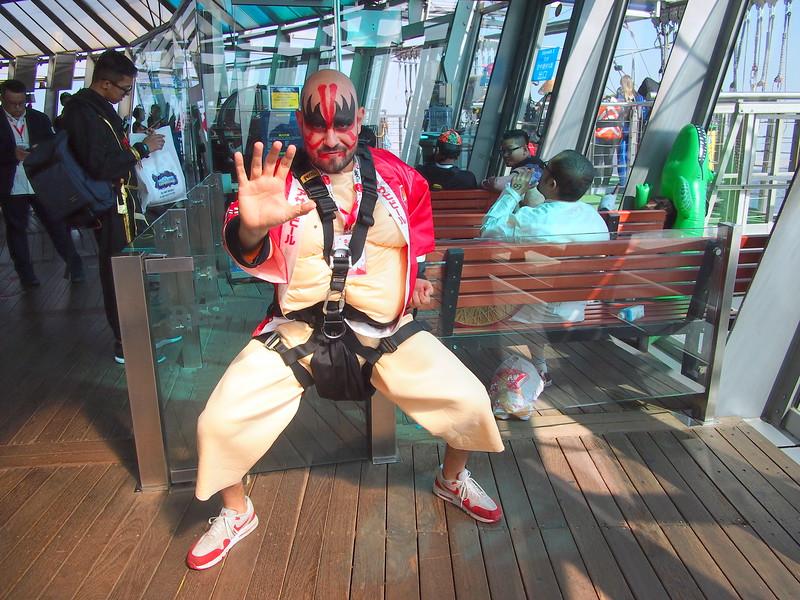 PC049017-sumo-jumper.JPG