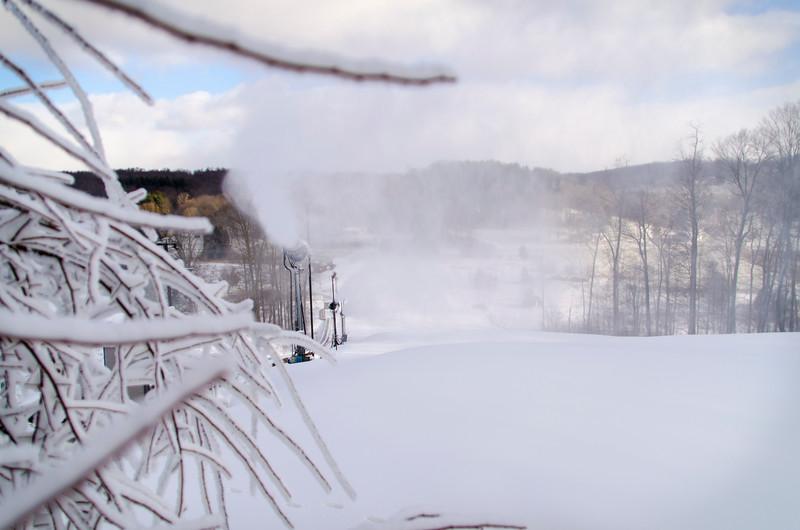 Snowmaking-n-SnowCats_Snow-Trails-100.jpg