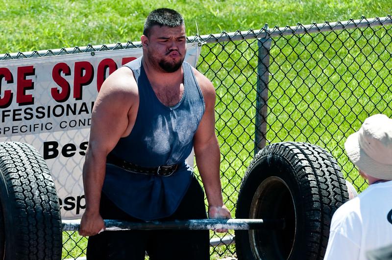 Strongman2009_Competition_DSC1308-1.jpg