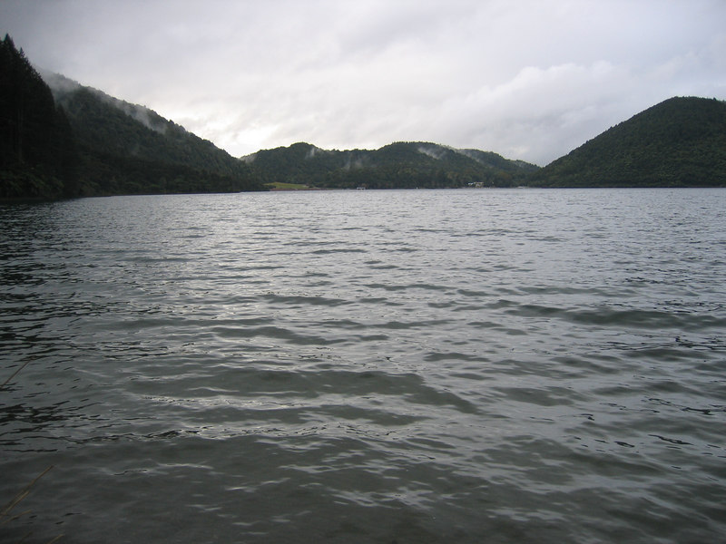 blue_lake_1.jpg