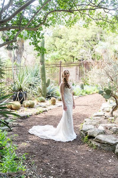 Christine_Bridal_Portraits_Zilker_Botanical_Garden_Austin_TX-14.jpg