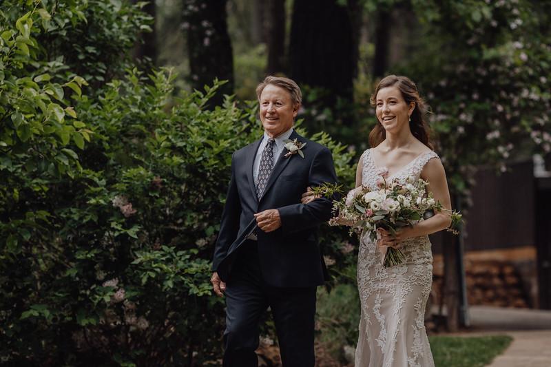 2018-05-12_ROEDER_JulieSeth_Wedding_DUSTIN1_0058.jpg