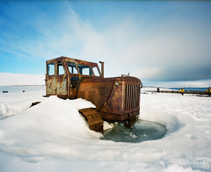 Tractor on Rudolf Island.jpg