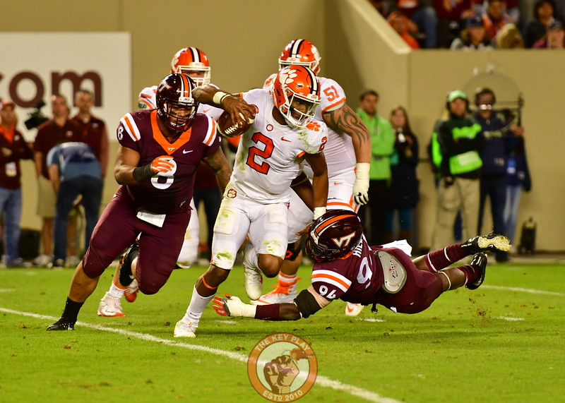 Ricky Walker, #8 and Travon Hill, #94 close in on Kelly Bryant for a SACK! (Dan Lohmann/TheKeyPlay.com)