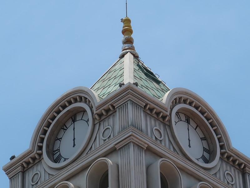 IMG_9204-grand-city-clock-tower.JPG