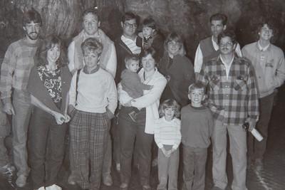 1985 Howe Caverns