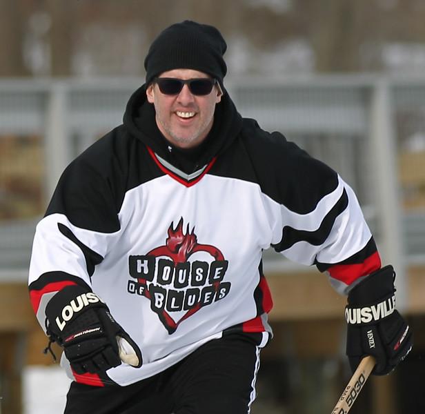 20140208_EMCphotography_PondHockeyCongersLakeNY-54.jpg