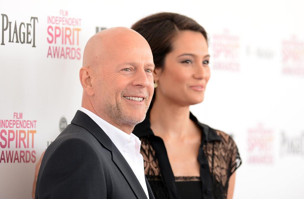 . SANTA MONICA, CA - FEBRUARY 23:  (L-R) Actors Bruce Willis and Emma Heming attend the 2013 Film Independent Spirit Awards at Santa Monica Beach on February 23, 2013 in Santa Monica, California. (Photo by Jason Merritt/Getty Images)