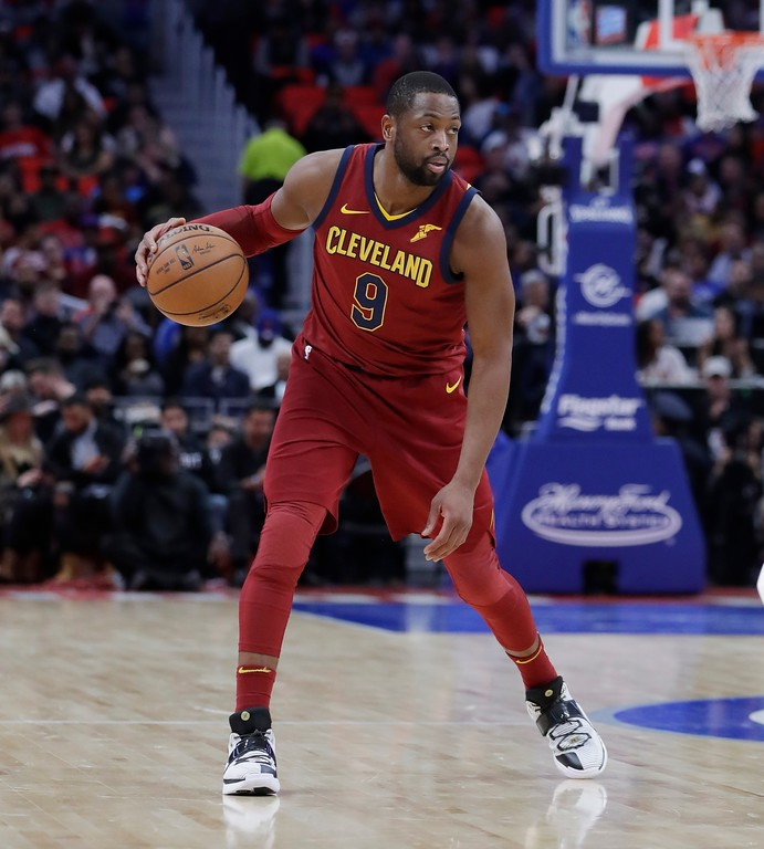 . Cleveland Cavaliers guard Dwyane Wade controls the ball during the second half of an NBA basketball game against the Detroit Pistons, Monday, Nov. 20, 2017, in Detroit. (AP Photo/Carlos Osorio)