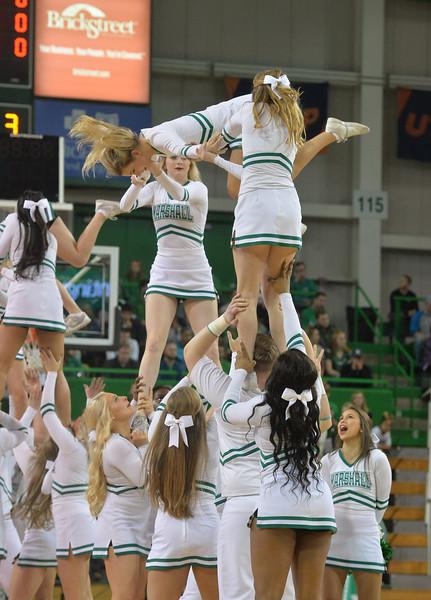 cheerleaders0244.jpg