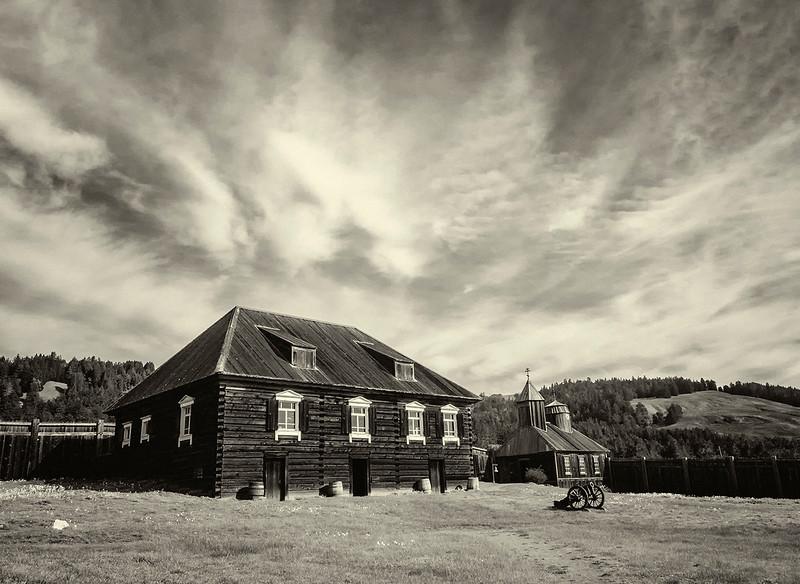Fort Rossbw.jpg