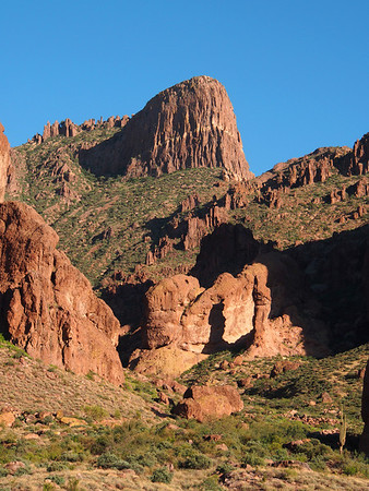 Superstition Mountain / Lost Dutchman State Park
