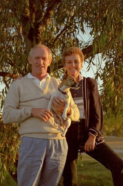 Colin Holmes, Enid Holmes & Toby (dog), Horsham, Victoria 1988.