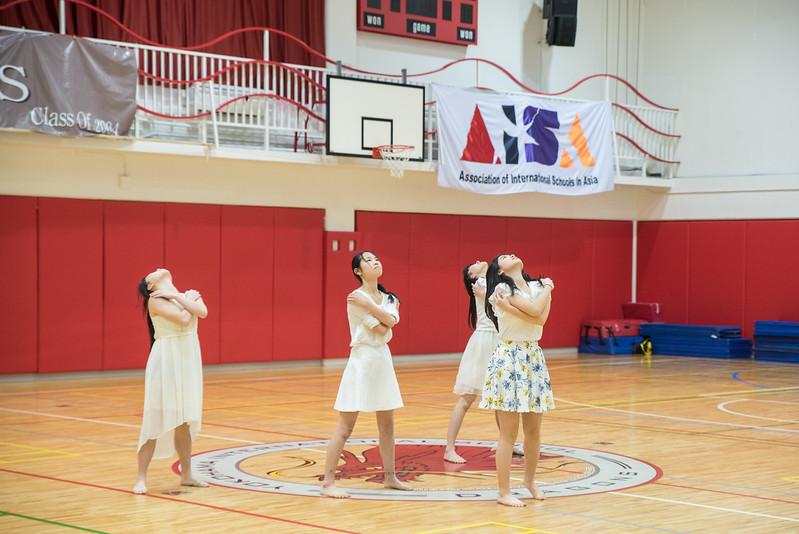 Grade 10 PE Dance -1743.jpg