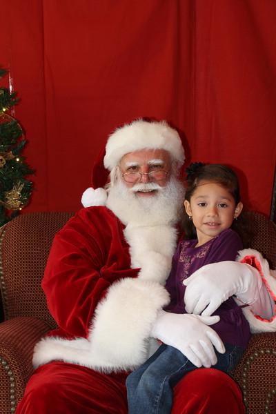 Santa Clause 27NOV2010-144.JPG