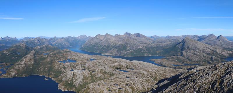 Steigtinden_top_panorama_02.jpg