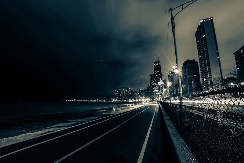 lakeshoredrive_bridge_longexp-1-3.jpg