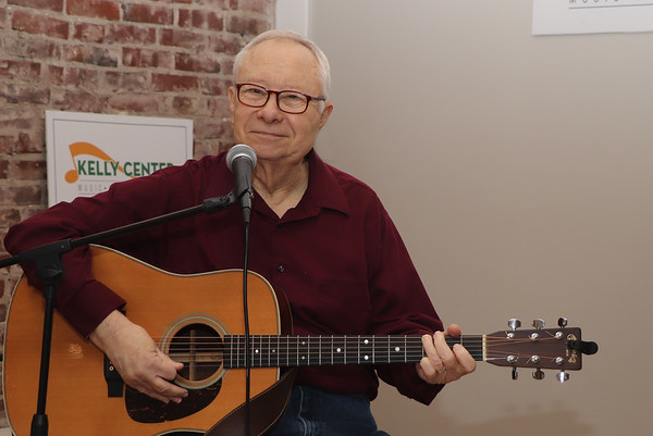 RAY NAYLOR - FOLK SINGER - NOV 20, 2019