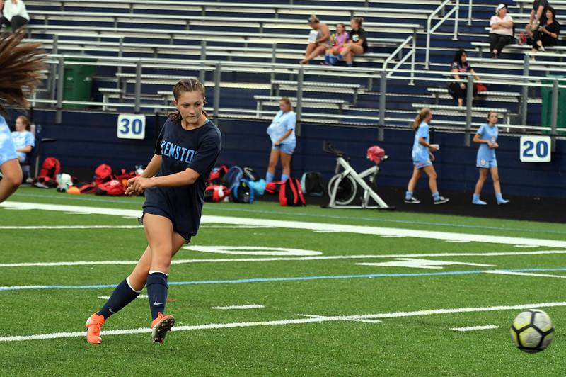 girls_soccer_2284.jpg