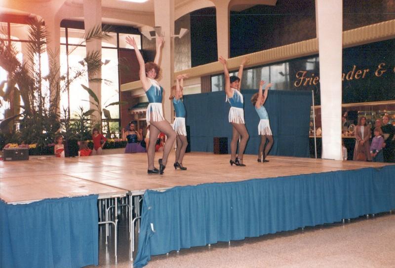 Dance_2254_a.jpg
