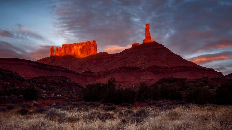 castle valley sunset.jpg