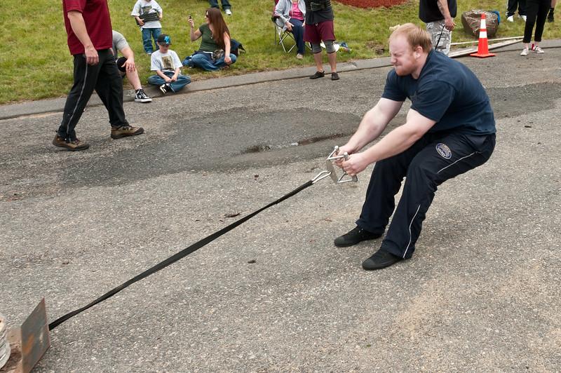 Fitness Revolution Strongman Challenge 2011_ERF4265.jpg