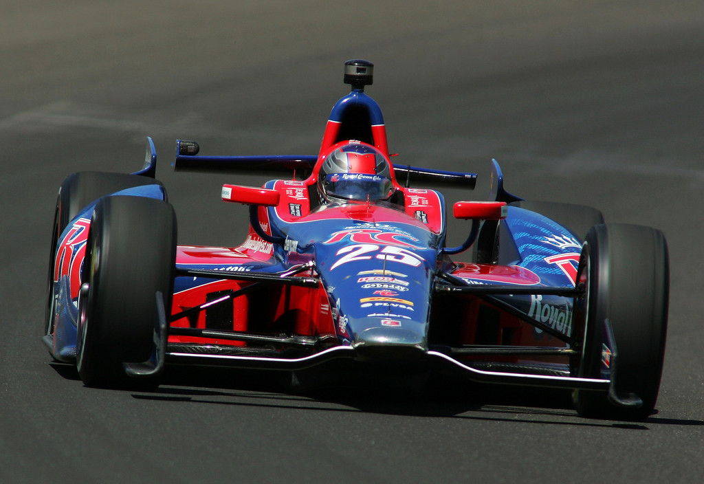 . Andretti Autosport driver Marco Andretti of the U.S. drives his car on the track during a practice session at the Indianapolis Motor Speedway in Indianapolis, Indiana May 15, 2013. The 97th running of the Indianapolis 500 is scheduled for May 26.  REUTERS/Pat Cocciadiferro
