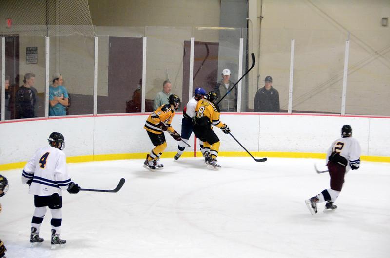 141004 Jr. Bruins vs. Boston Bulldogs-106.JPG