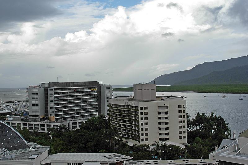 Cairns 2.jpg