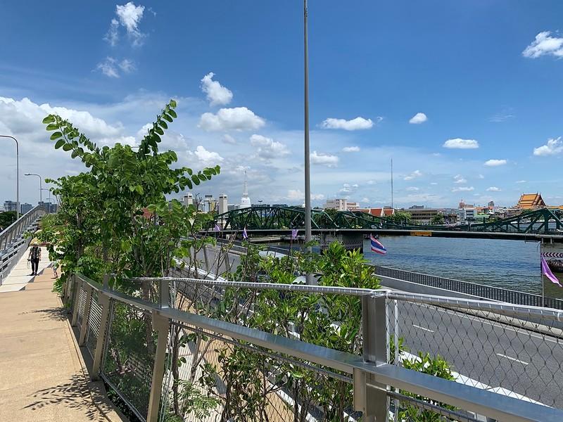 Chao Phraya Sky Park