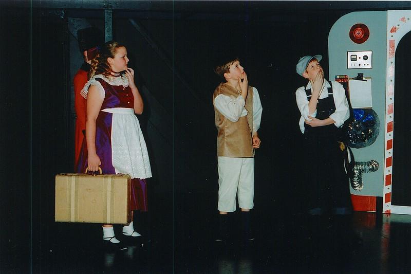 Fall2002-BabesInToyland-41.jpeg
