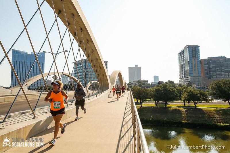 Fort Worth-Social Running_917-0397.jpg
