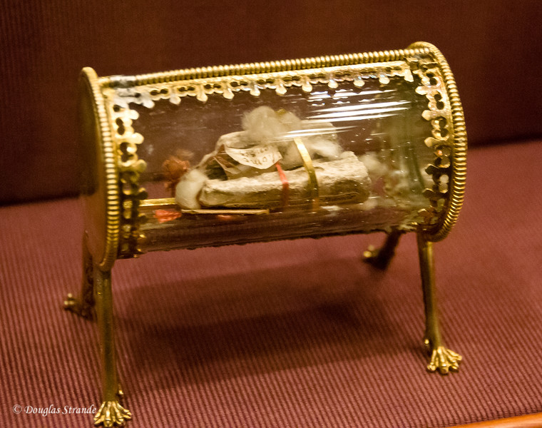 A relic (finger) on display at the Imperial Treasury, Vienna