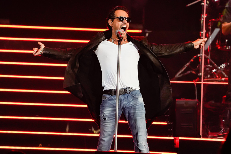 Marc Anthony show at the Allstate Arena on October 27