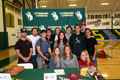 191112 NATIONAL COLLEGIATE SIGNING DAY