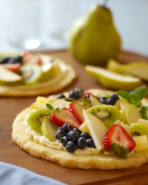 August 2006 - Summer Fruit Pizza