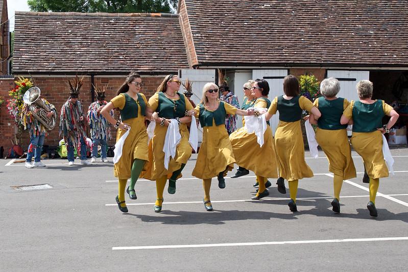 Outside dancers floating