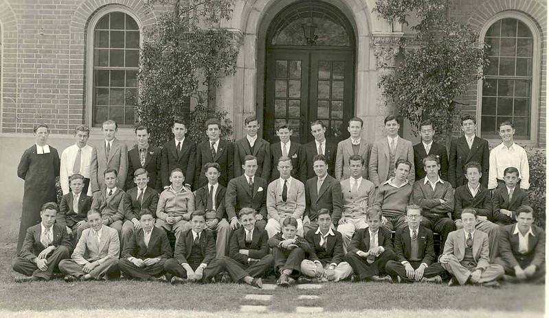 1935, Knights of De La Salle