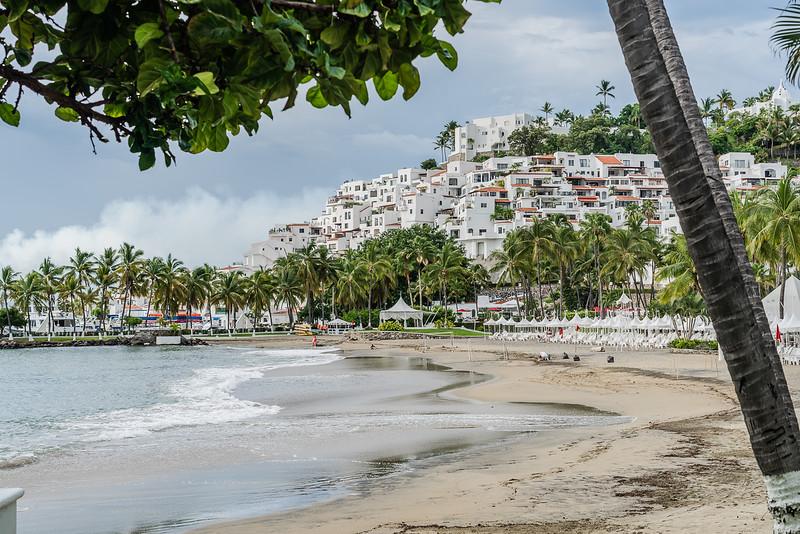 Luxury resort in Manzanillo Mexico