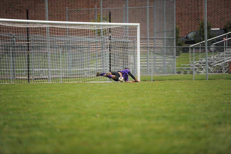 10-27-18 Bluffton HS Boys Soccer vs Kalida - Districts Final-385.jpg