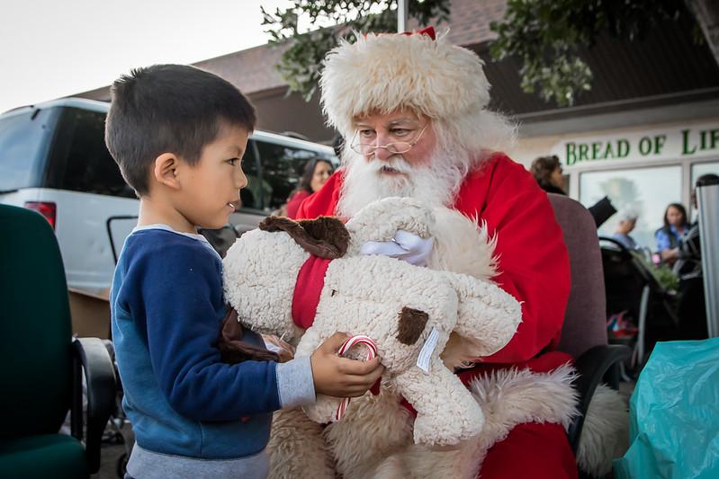 BOL_Santa_Visit-40.jpg