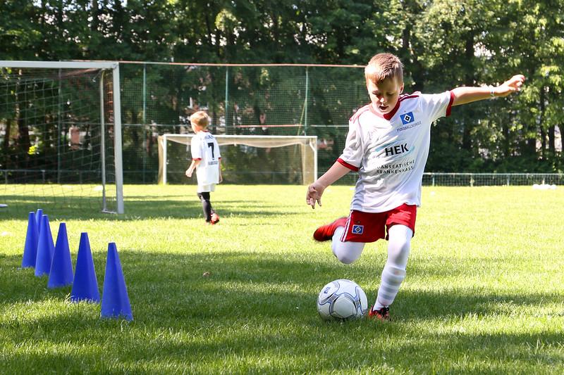 hsv_fussballschule-091_48047990063_o.jpg